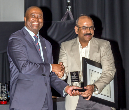 Dr Phil Mjwara, Director General of Science and Technology giving TT100 award to Reddy Shivaprasad, VP-MEA Intense Technologies